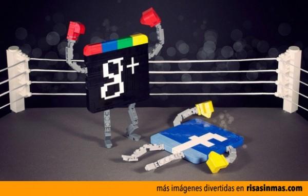 Pelea entre Google + y Facebook hecha con LEGO