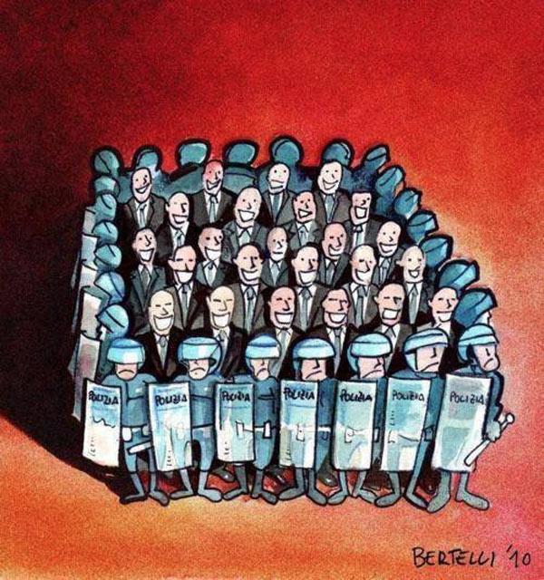 Políticos y policías
