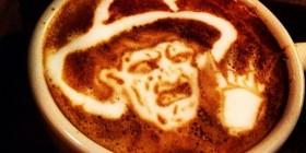 Arte del café con leche: Freddy Krueger
