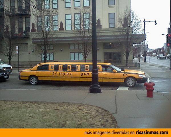Limusina autobús escolar