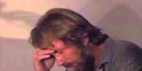 Chuck Norris se enfada al oir el inglés de Ana Botella