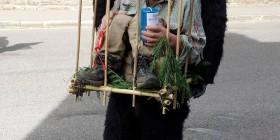 Disfraz de cazador enjaulado