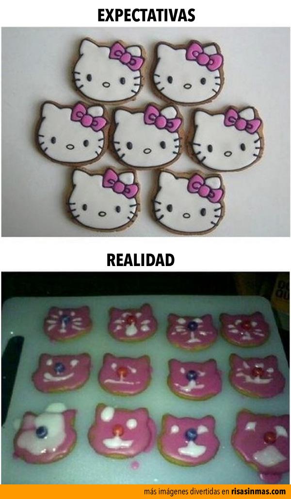 Haciendo galletas de Hello Kitty