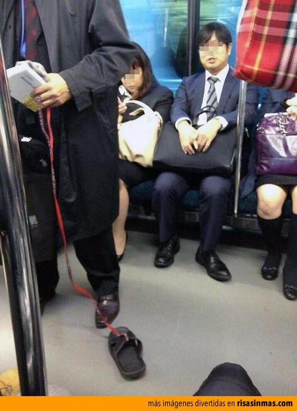 Mientras tanto en el metro de Japón...