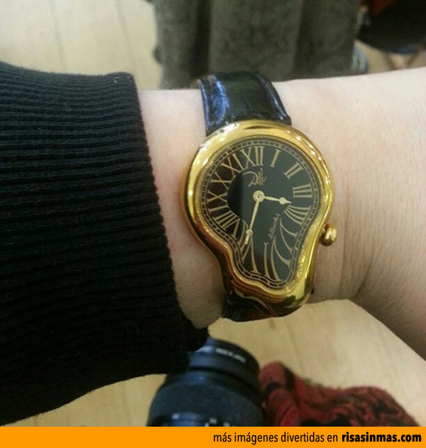 Reloj derretido