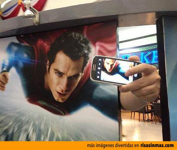 Autofoto de Superman