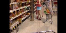Comprando con mi canguro