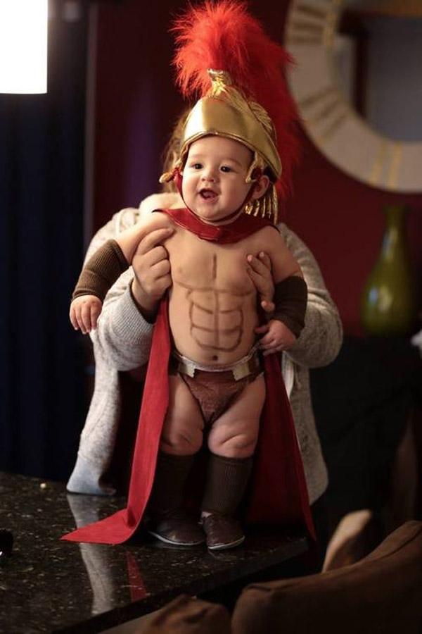 Los mejores disfraces para bebés: Espartano de 300