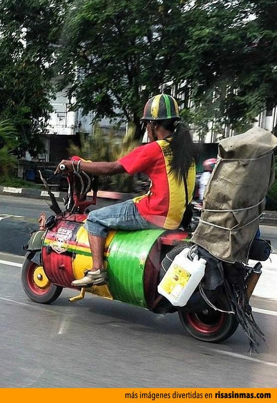 Moto modelo Jamaica