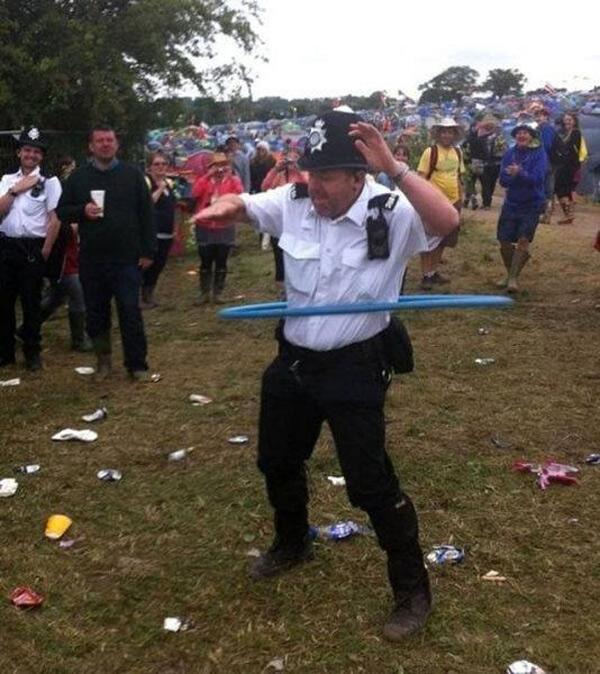 Policía ensayando nuevas técnicas anti-delicuentes