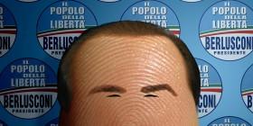 Pulgares célebres: Silvio Berlusconi