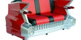 Sofá retro con forma de coche