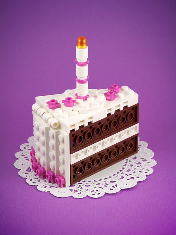 Tarta de chocolate hecha con LEGO