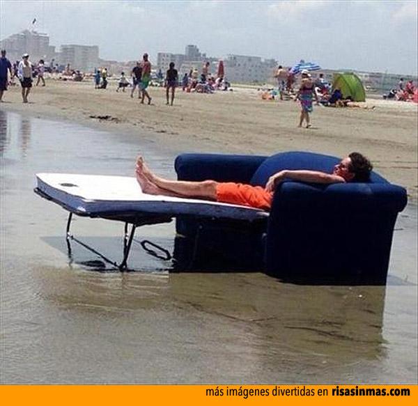 Tumbarse tranquilamente en la playa