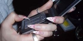 Uñas perfectas para usar el móvil