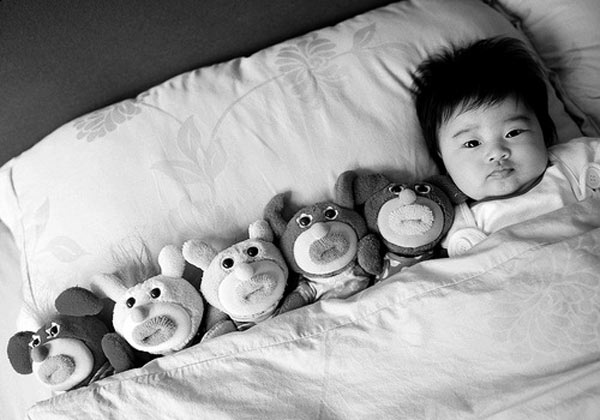 A la cama con tus amigos
