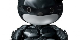 Hello Kitty como Batman