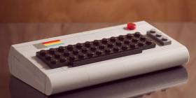 Ordenador retro hecho con LEGO