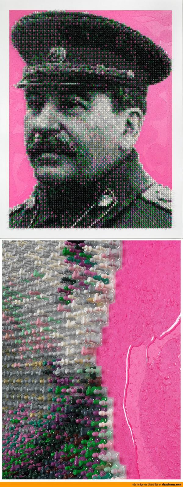 Retrato de Stalin hecho con fichas de ajedrez