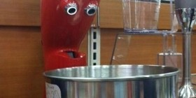 Robot de cocina asombrado