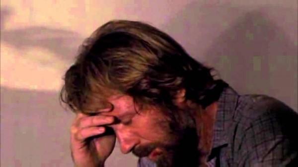 Chuck Norris se cansa del anuncio de la lotería