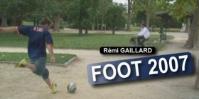 Rémi Gaillard demuestra sus habilidades futbolísticas