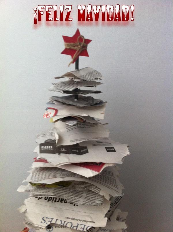 Árboles de Navidad originales: papeles de periódico