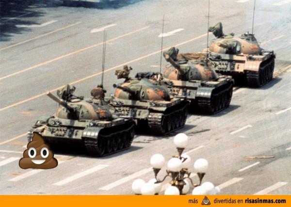 La Mierda del WhatsApp en la Plaza de Tian'anmen