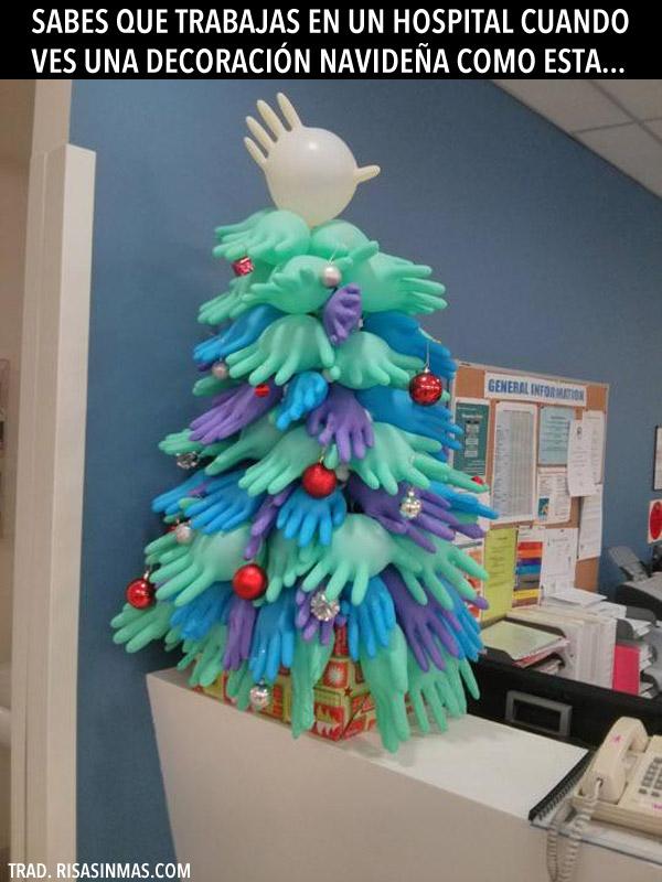 Árbol de navidad en un hospital