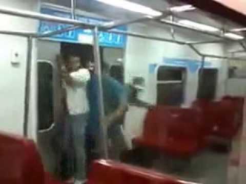 Hora punta en el metro de Venezuela