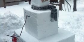 Muñeco de nieve cúbico
