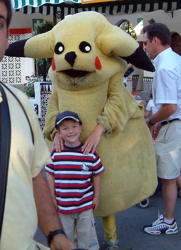El peor disfraz de Pikachu de todos los tiempos