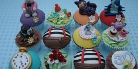 Cupcakes de Alicia en el país de las maravillas