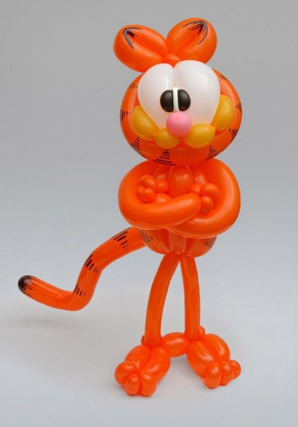 Garfield hecho con globos