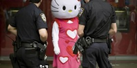 Hello Kitty detenida