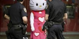 Hello Kitty detenida