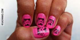 Uñas de una fan de Star Wars
