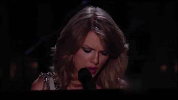 Taylor Swift atacada en los Grammy 2014