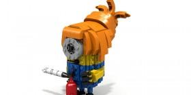 Chica Minion hecha con LEGO