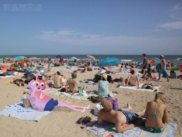 Matching monster en la playa