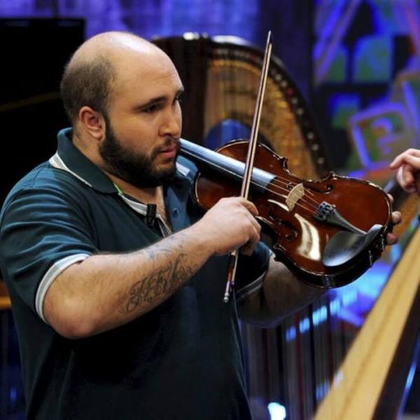 Kiko Rivera ahora violinista