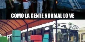 Subiendo a un autobús