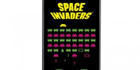 Carcasa móvil Space Invaders