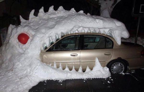 Un dragón de nieve. ¡Increíble, tienes que verlo!